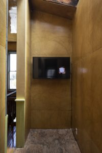 Felipe Dulzaides, Dialogue with a Foghorn, installation view, 2000. Single channel video.